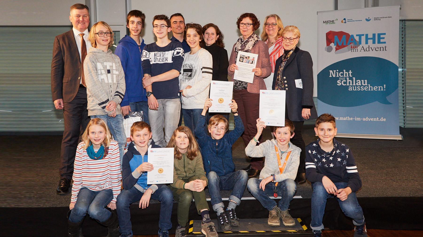 Mathe-im-Advent-Gewinner-Emmendingen-Goethe-Gymnasium-EM-feat