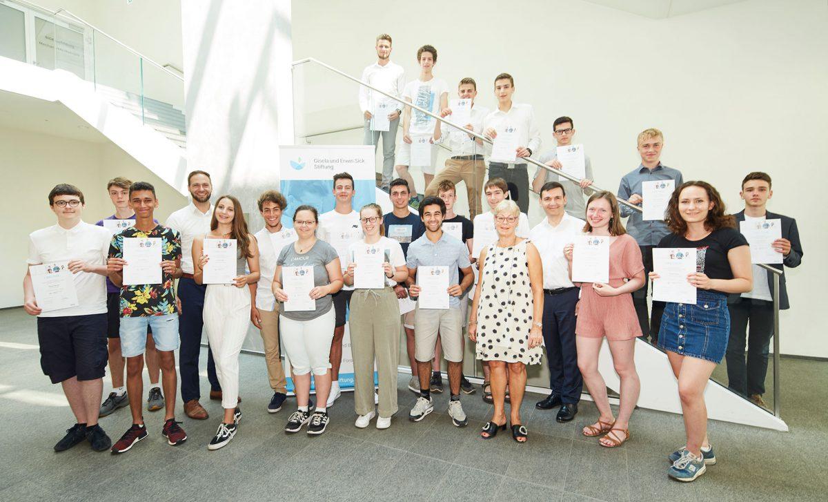 Gruppenfoto_GES-Foerderpreise_2019